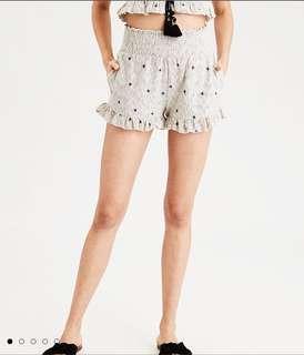 American Eagle ruffled shorts