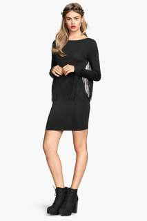 H&M Divided Fringe Sleeves Jersey Dress