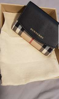 Burberry coin wallet