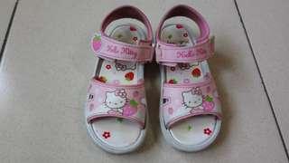 Hellow Kitty 女童涼鞋 19cm,免費自取