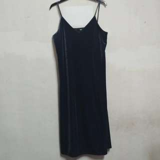 Uniqlo Velvet Dress