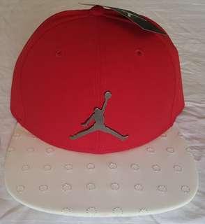 Jordan Snapback Cap Red/White