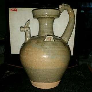 唐宋青瓷螭龍雙雞二耳瓷瓶
