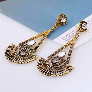 BN Instock Vintage Style Gold Statement Earring
