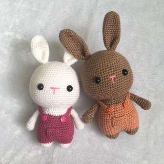 Rabbit in Suspenders [Amigurumi]