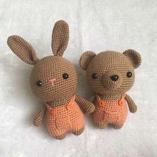 Bunny in Suspenders [Amigurumi]