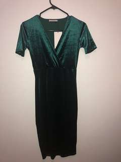 ZARA Velvet Midi Dress (Size S)