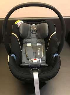 (二手)德國Cybex ATON 5嬰兒提籃型安全座椅-沈靜黑