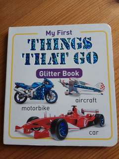 My first THINGS THAT GO GLITTER BOOK 洞洞書 kids