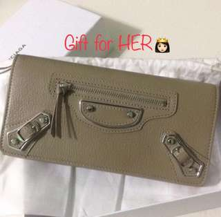 [BEST PRICE] New! Authentic Balenciaga wallet