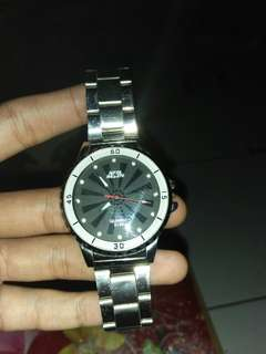 Jam tangan merk mr&mrs