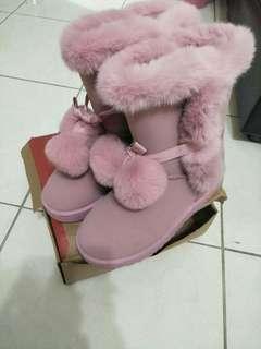🚚 超可愛粉紅色保暖短靴【二手】