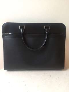 Used twice pre loved Louis Vuitton Epi Leather Document/ laptop carrier