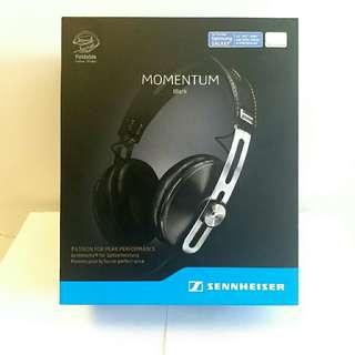 Sennheiser momentum over ear M2