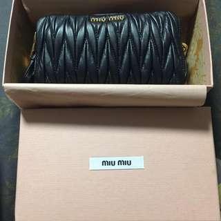 Miu Miu small bag/clutch - 100% new and authentic