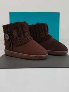 Winter Boots - 36