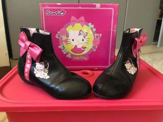 Hello kitty size 27 for kids