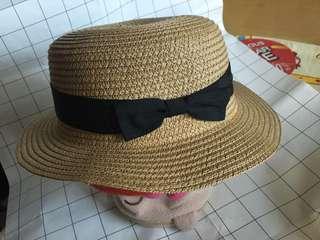 草帽 Straw Hat