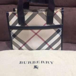 Reduced price ~ Authentic Burberry Tote Handbag