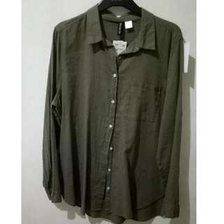 H&M Divided Olive Green Long-sleeved Polo Blouse