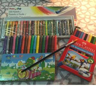 Coloring Materials Set