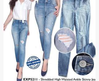 Express shredded higt waister ankle skinny