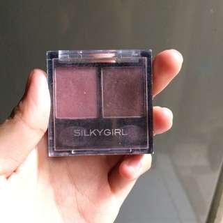 Eyeshadow silky girl