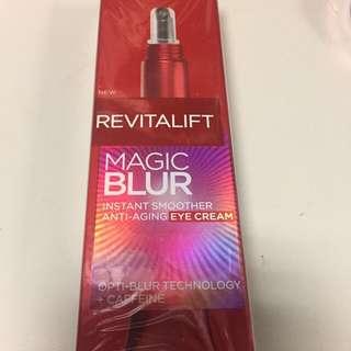 L'Oreal Revitalift Magic Blur Anti-aging Eye Cream