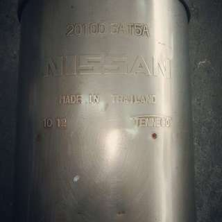 NISSAN exhaust