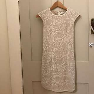 Atmos & Here dress size 6