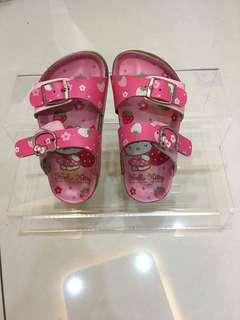 女童  拖鞋