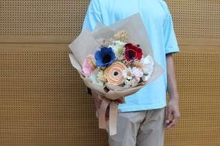 Everlast felt bouquet
