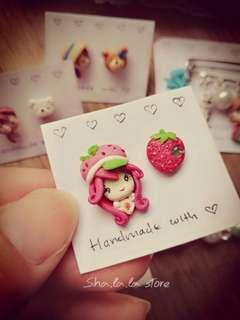 🌸 Cute Stud Earrings