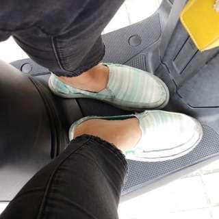 sanuk綠色線條懶人鞋