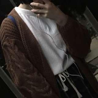 🚚 白色螺紋上衣