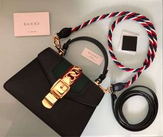Gucci Sylvie mini 20cm 九新