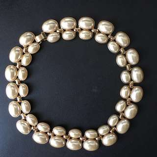 Forever 21 white collar necklace