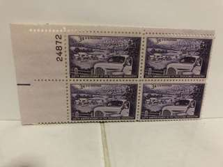 USA STAMP BLOCK OF 4 mint