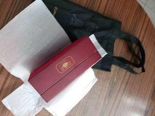 全新蘇麗鐘錶木製手飾盒連環保袋