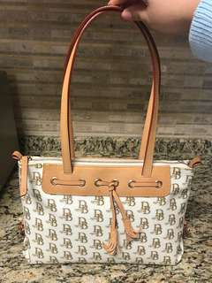 Dooney & Bourke Signature Tote Handbag Purse