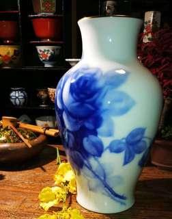 日本瓷器最高級品牌大倉陶園藍玫瑰大花器