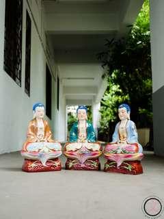 DC010 Vintage porcelain Buddha statues