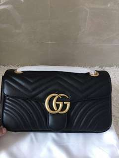Gucci marmont matelasse flap bag in small black leather