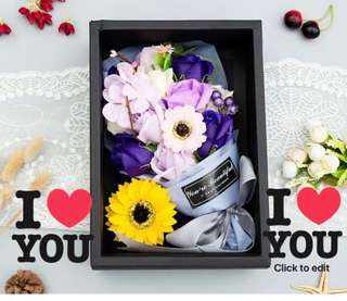 🤗MAKE SOMEONE SMILE TODAY🤗 Handmade Flower soap rose gift box 🎁Ideal for Valentine's Day/Mother's Day/Birthday/Anniversary 😁 Do refer to photos (real actual photos taken!)👏🏻Comes with a matching paper carrier👏🏻*FREE greeting card upon request*😉