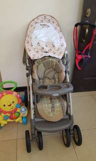 Graco Stroller with Freebies