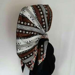 Hijab segiempat lamiz square