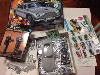 Model car golden finger 007 Aston Martin DB5