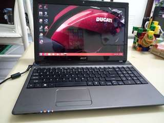 Acer 15.6inch/i5/win7/4Gb/750Gb Hdd/Gaming