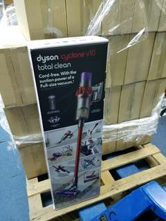 Dyson V10 Cyclone Total Clean 2 heads and 7 tools