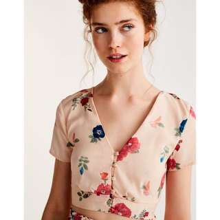 [SOLD SOLD SOLD] Pull&Bear Floral button down crop bralet pnb